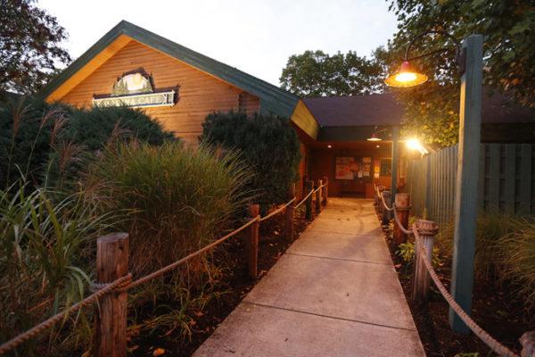 lake-raystown-resort-marina-cafe